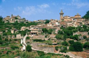 FETE DU JUMELAGE VALDEMOSSA/FORMIGUERES @ place du village | Formiguères | Occitanie | France